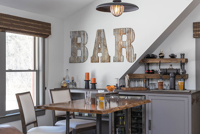 8 Tips for Creating the Perfect Home Bar Setup